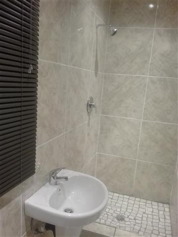 Big Room To Rent With Own Toilet Shower Basing Fully